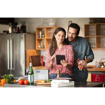 Fire-Tablet-Couple-Kitchen.jpg